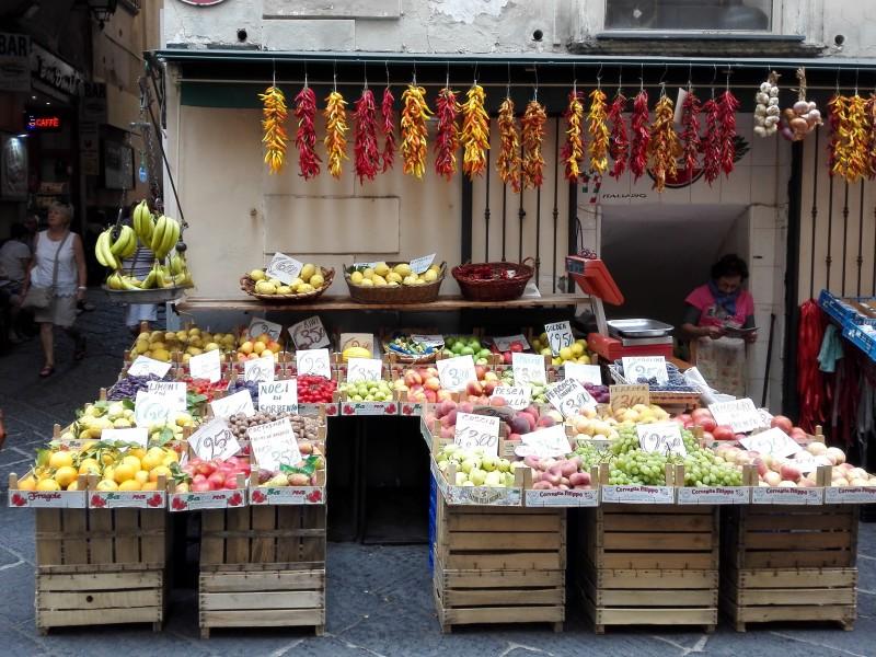 Gemüse und Früchte a la Italiana