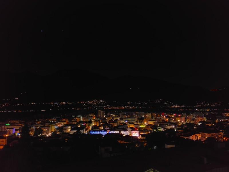 Locarno bei Night. Erleuchtet die Piazza Grande